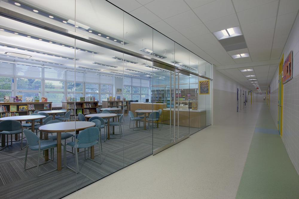Anne Beers Elementary School Interior Image-156745.jpg