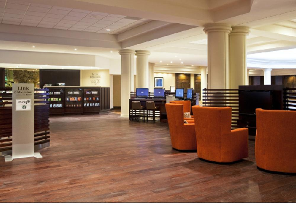 Lounge & Cafe.jpg