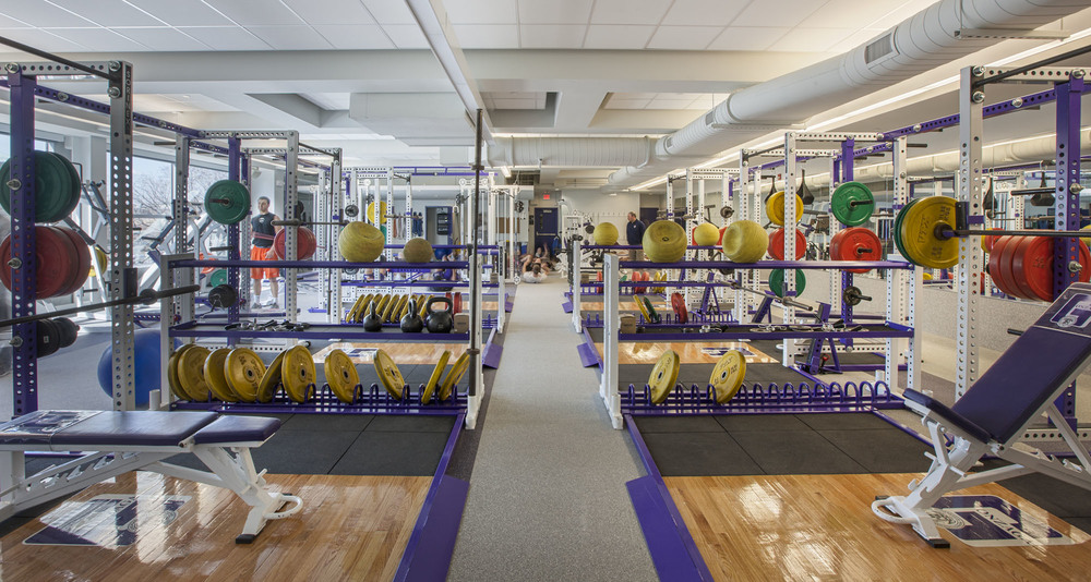 Gonzaga High School Weight Room-140588.jpg