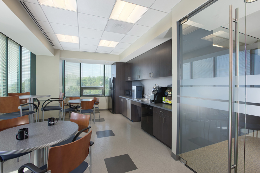DRS VA Office Interior Image R121425.jpg