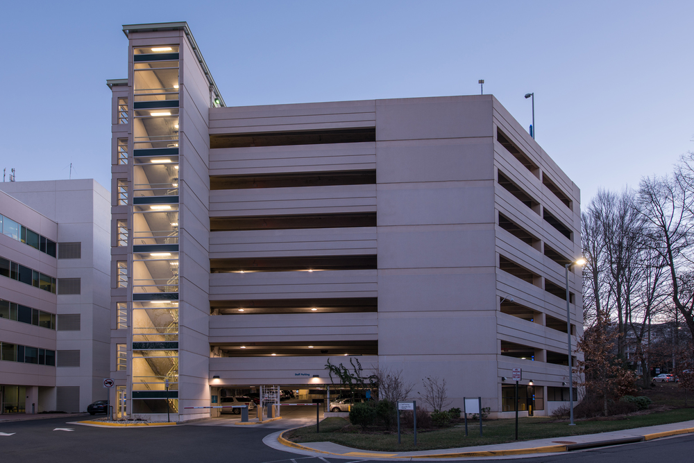 Kaiser Parking Garage Exterior Image 218244.jpg