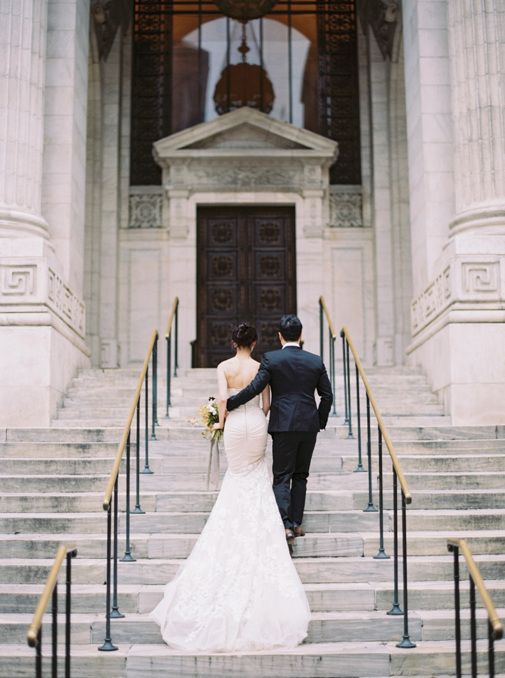 Bride and groom elope in NY by Katie Grant Photography