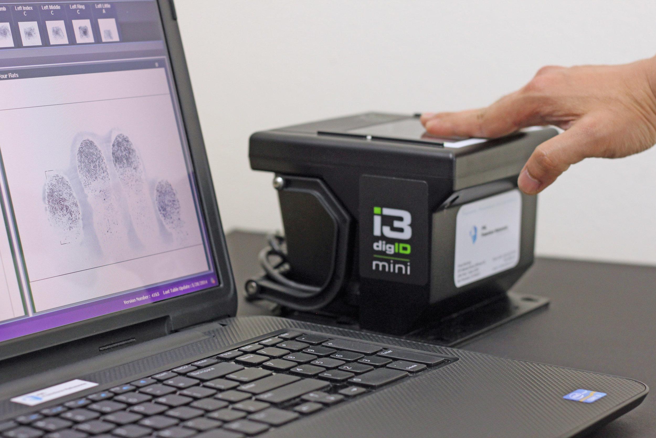 Fnl fbi fingerprint notary live scan fingerprints service img4841g fd 258 falaconquin
