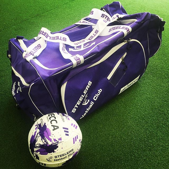 Custom Netballs & Kit Bags for the Steelers Netball Club.  Looking very slick!