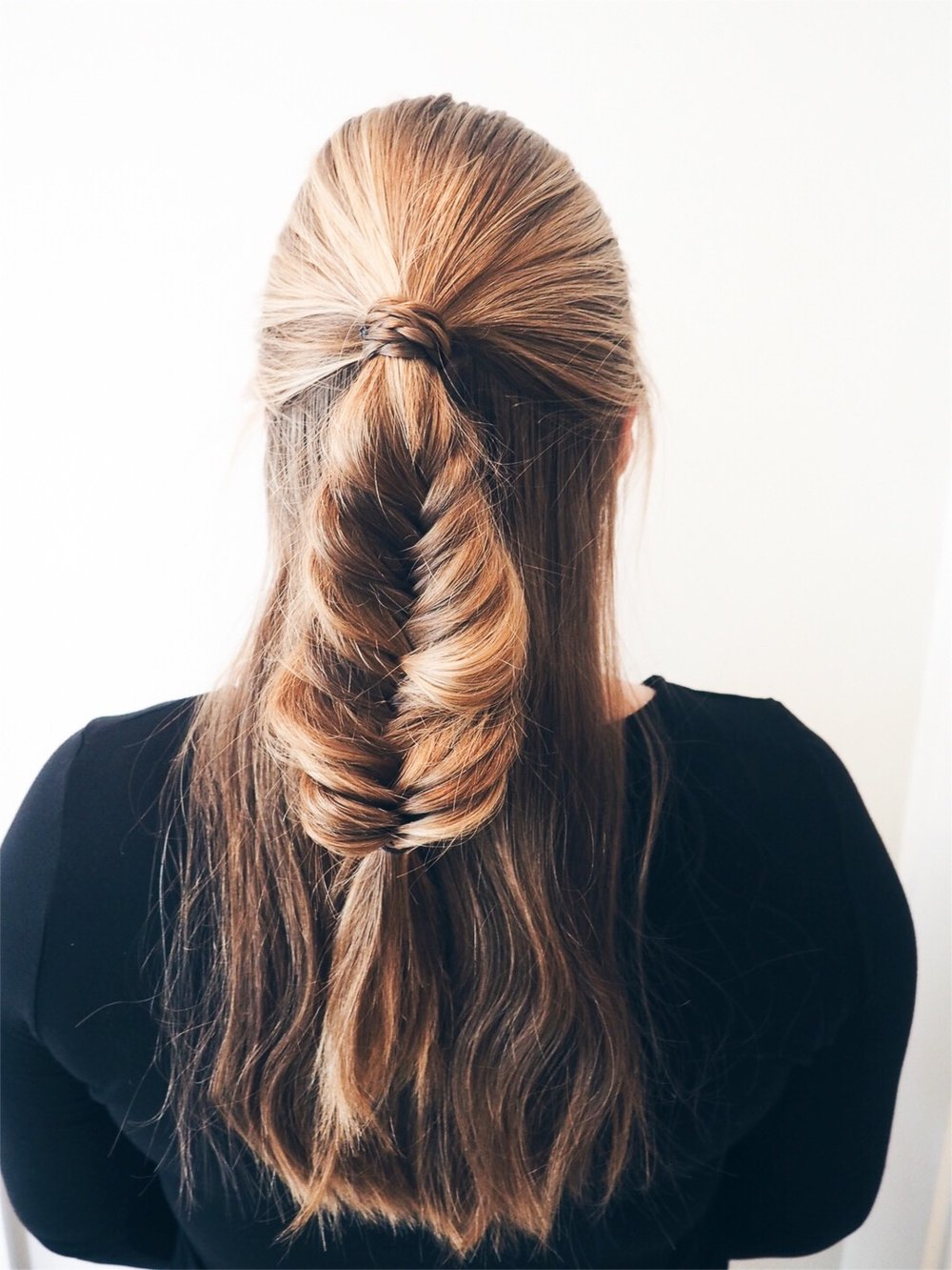 Half Up FishTail braid. Such a good style for casual or a night out!