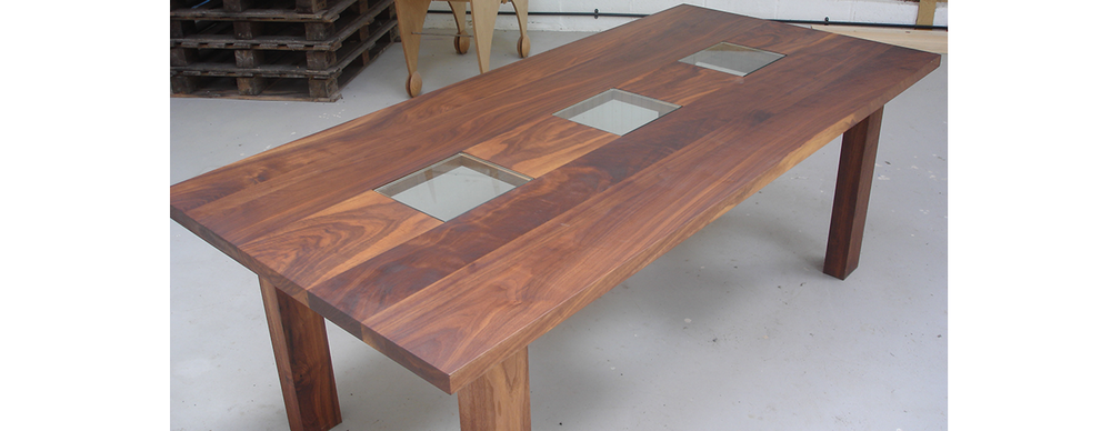 Walnut din table