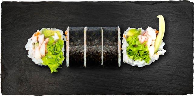 Tigerrejer, avocado, agurk, salat, chilimayo & tobiko.