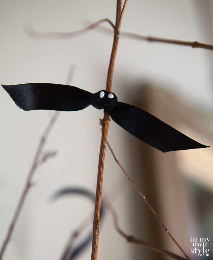 Ribbon-Bats-on-branches-for-Halloween-decor.jpg