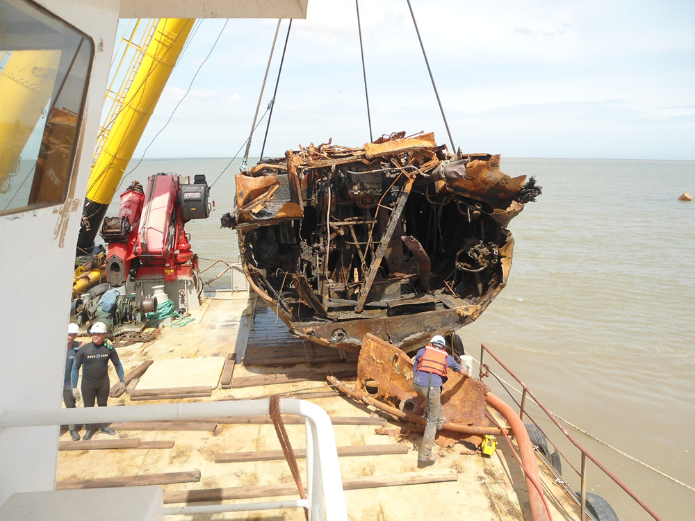 Tugboat Nilo wreck removal