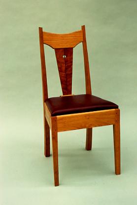 chair&green.jpg