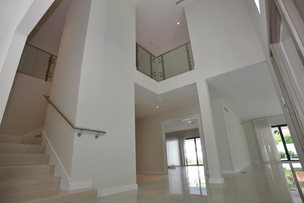 entryhall.jpg