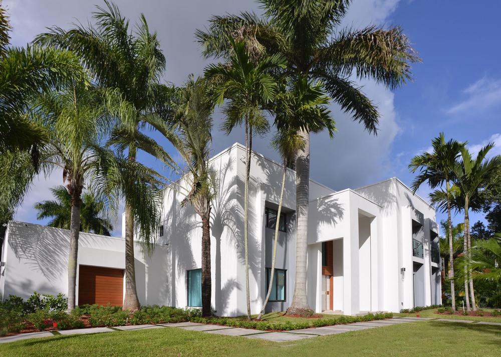 Curtis Lane Residence
