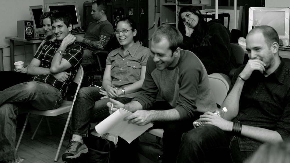 Alum Jenny Lee listens to a guest lecture in the July/August 2005 six-week class.