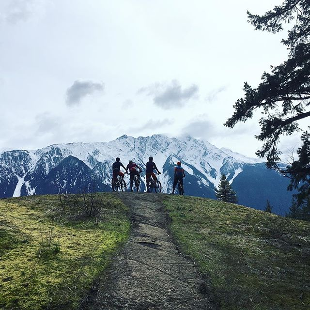 Big shout out to all the Squamish riders that participated in the #pembertonenduro this weekend!! You killed it! #mtbsquamish #squamishdesign #blurrstuff