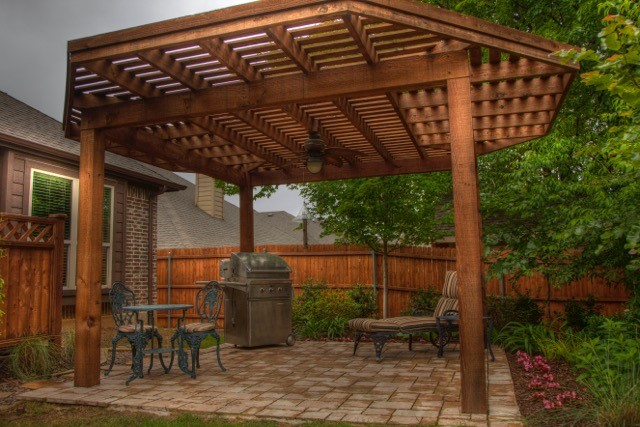 Arbor with Patio.jpg