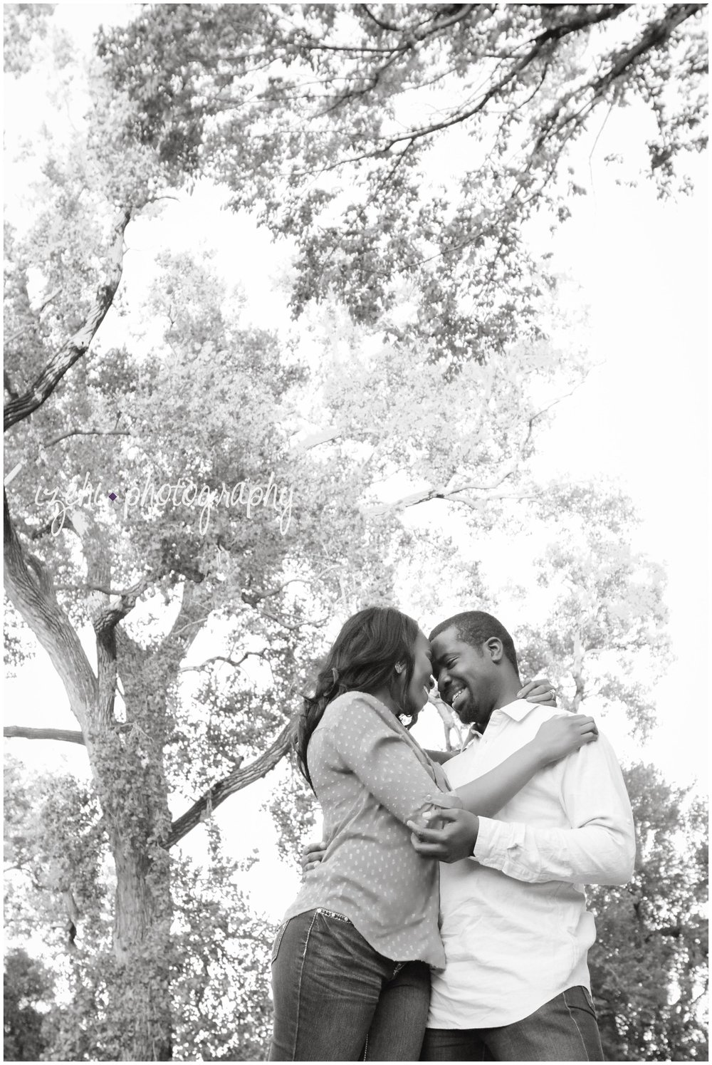 Izehi Photography Nigerian Engagements_0018.jpg