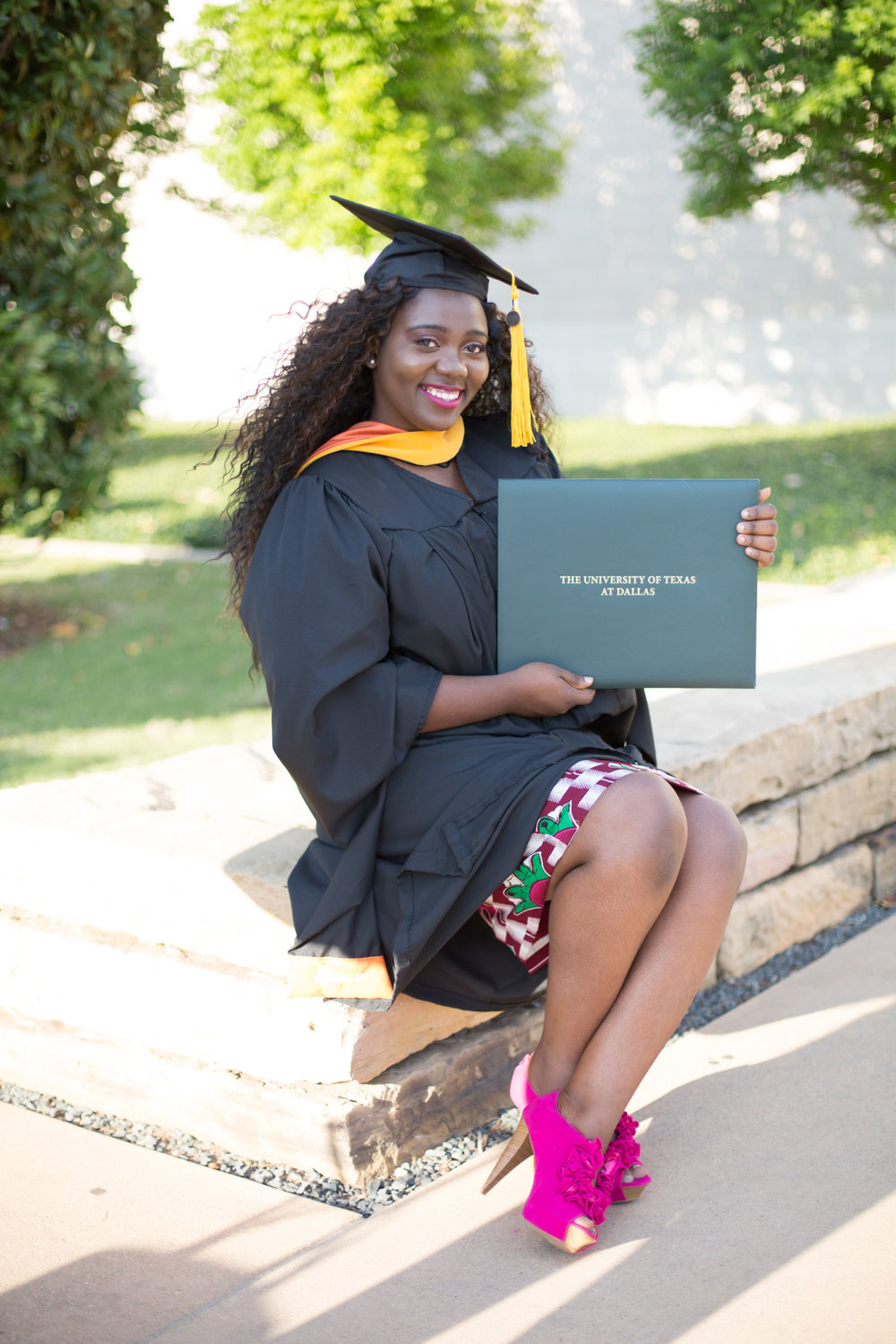Izehi Photography College Graduation Portrait Session-108.jpg
