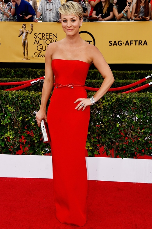 """Big Bang Theory"" Star, Kaley Cuoco in Romona Keveža at the SAG Awards."