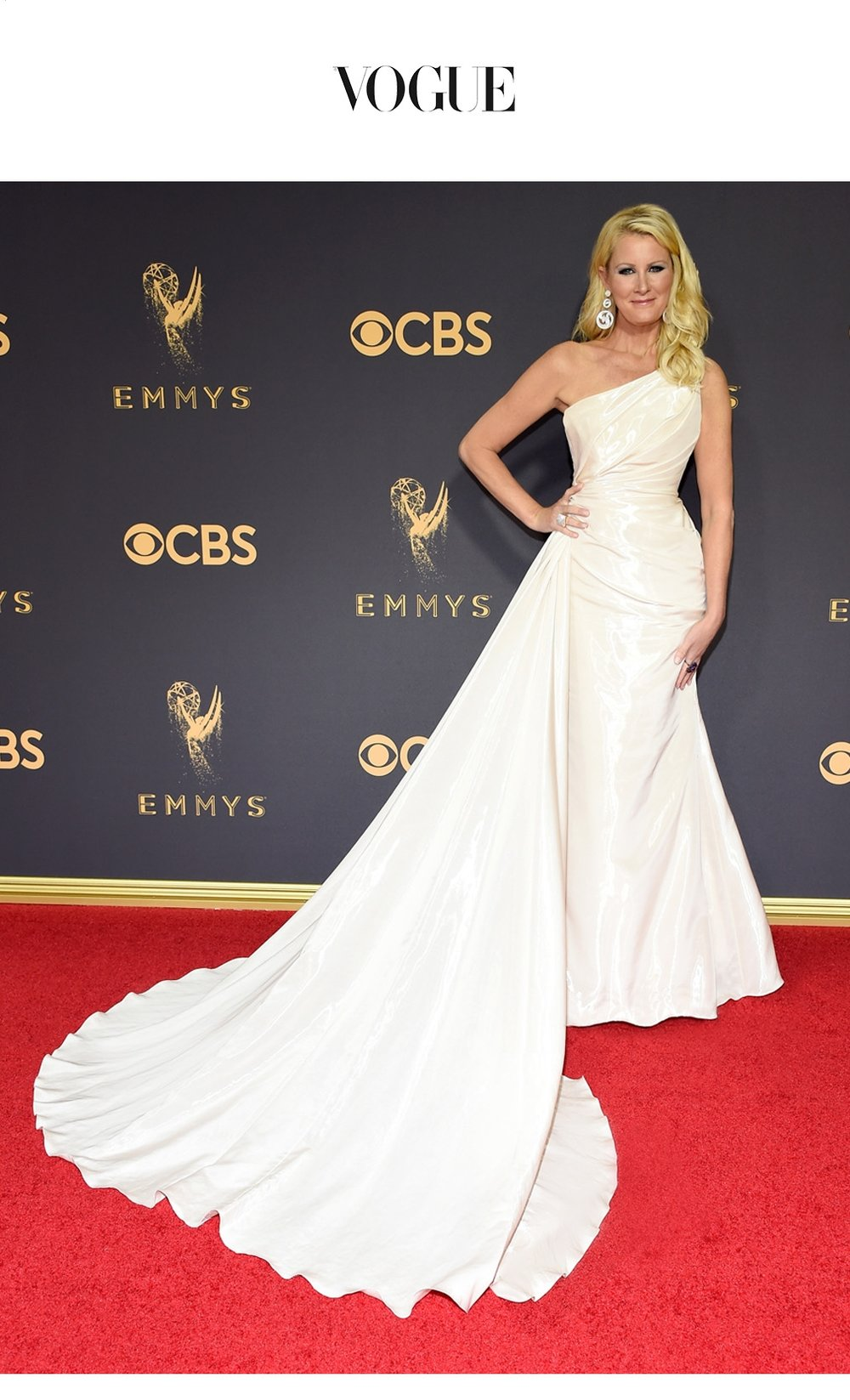 IN-THE-NEWS-WEB-EMMYS-2017-CELEBRITY-CHEF-SANDRA-LEE.jpg