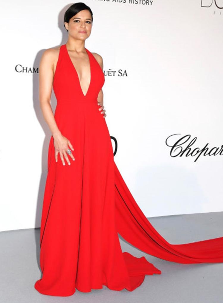 Michelle_Rodriguez_CelebFrontPageTriple.jpg