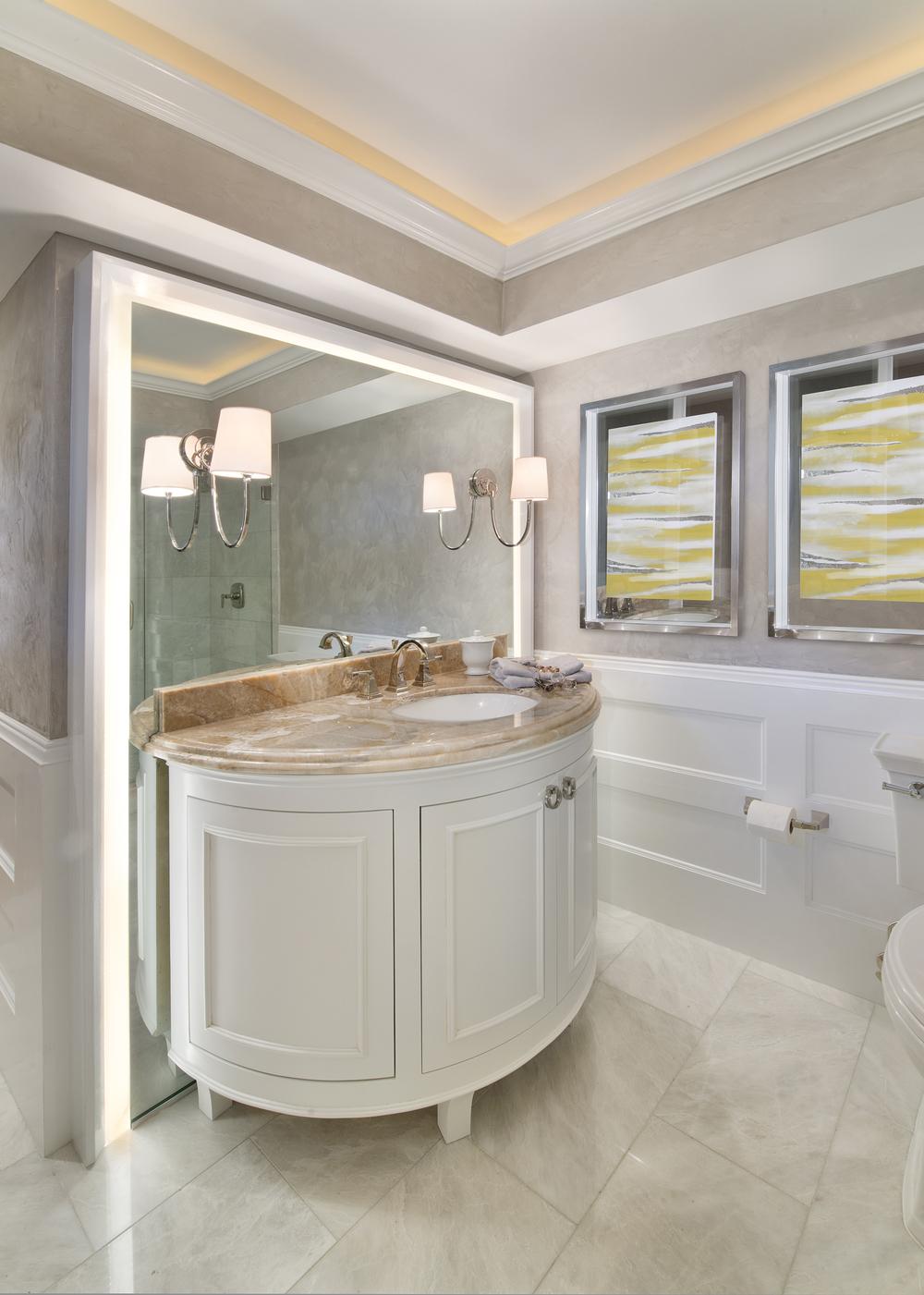 Thonet Guest Bathroom 4-2.jpg