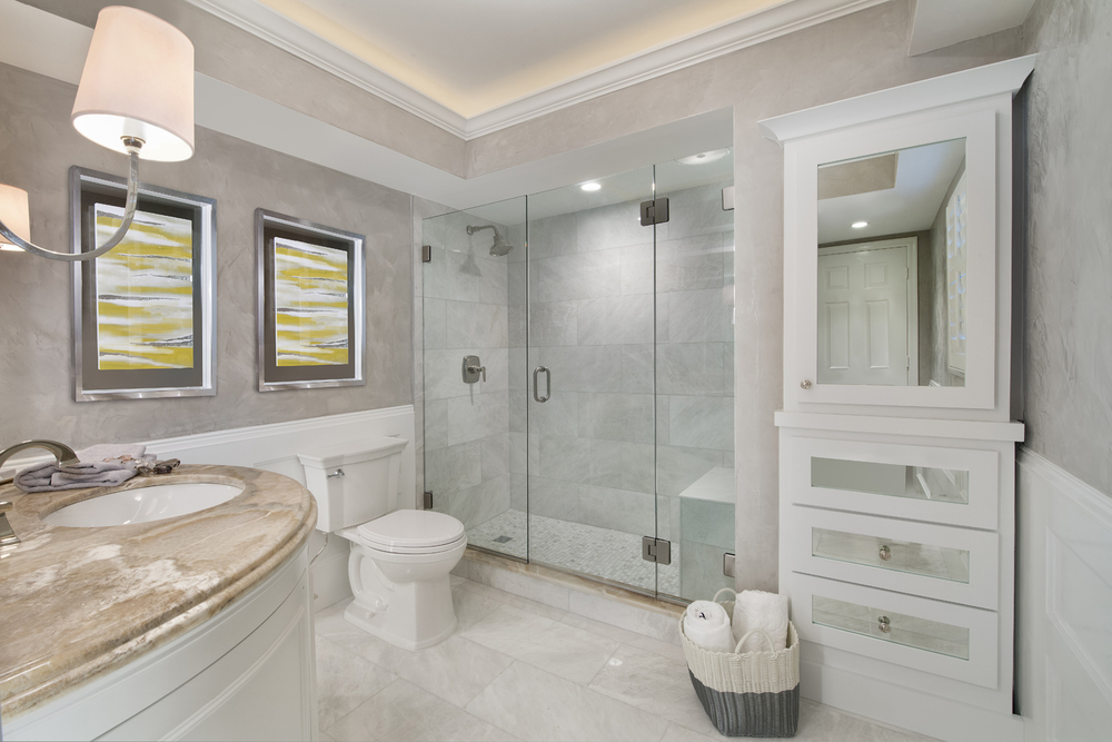Thonet Guest Bathroom 5-2.jpg