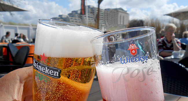 roland-cheers.jpg