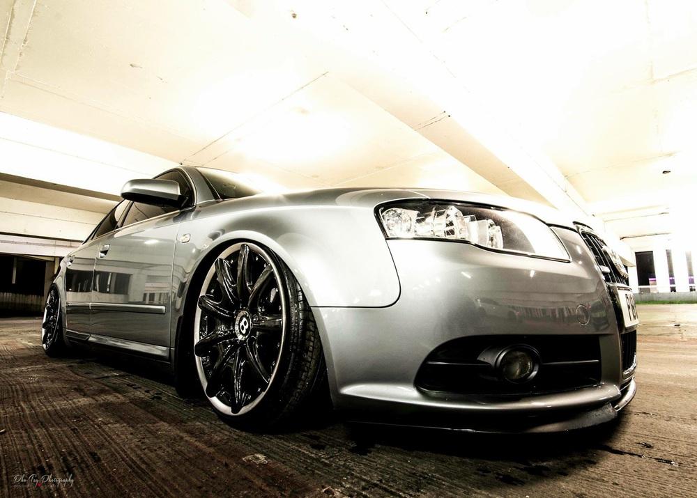 Audi RS4 Air slammed that's low!!
