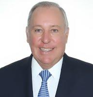 Alberto Vallarino Clément   • Por 5 años   Exministro de Economía y Finanzas. Banquero. Expresidente del Sindicato de Industriales de Panamá.