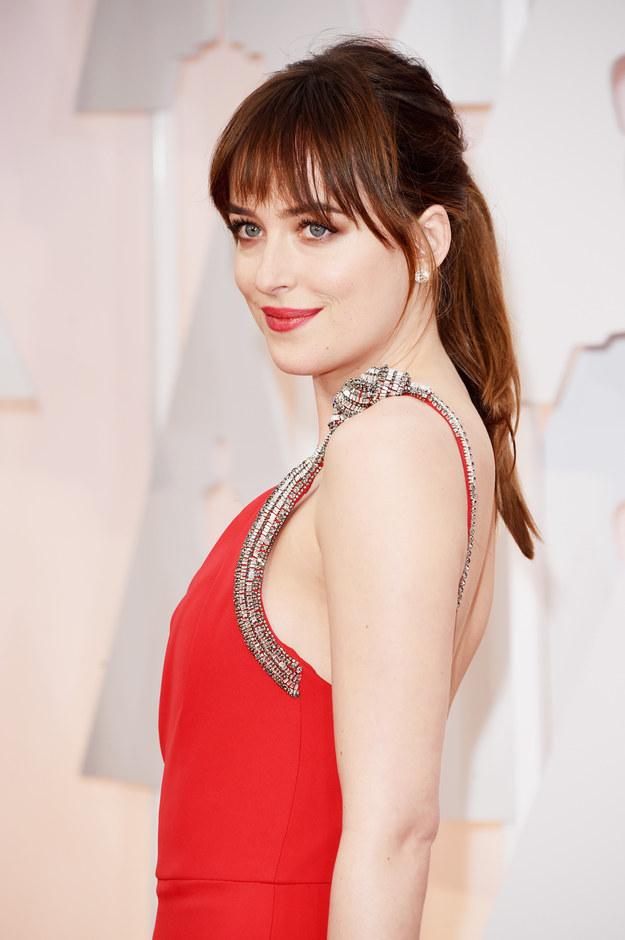 dakota johnson.jpg