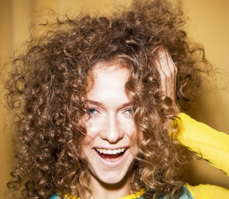 how-to-fix-frizzy-hair-233859-1503934076492-main.640x0c.jpg