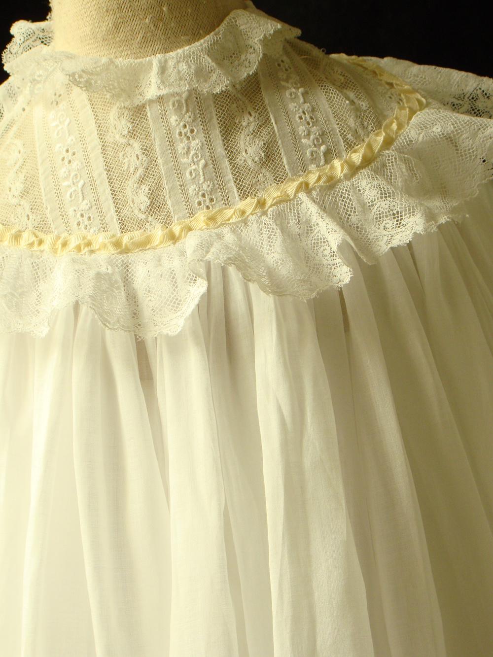 gowns3 033.JPG