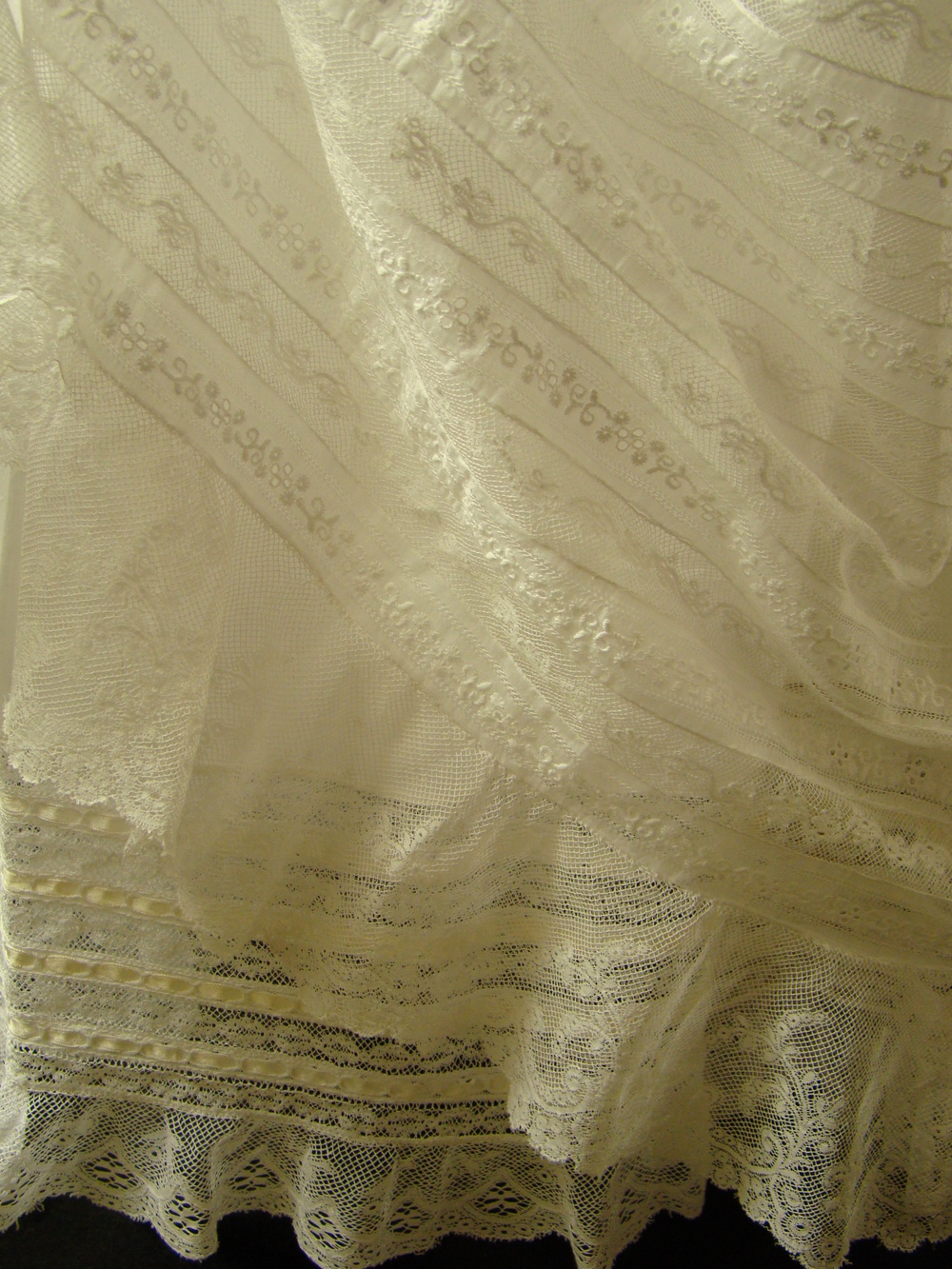 gowns3 058.JPG