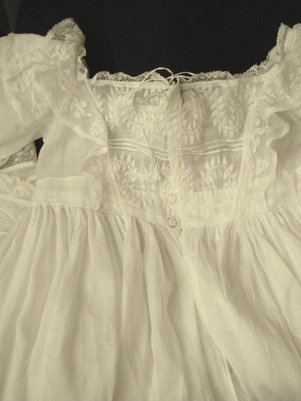 gown four p.jpg