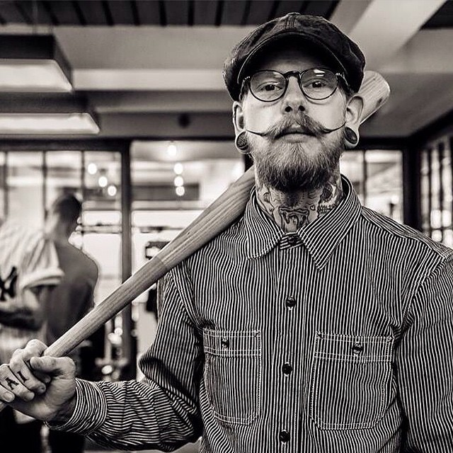 Classic pic of the amazingly talented London based @frank_glorified looking killer. Pic taken by the equally amazing photographer @timcollinsphotographer.      www.thepomadeshop.com.au     #barber #thybarber #thepomadeshop #pomade #barberlife #mensstyle #mensgrooming #itpaystolookyourbest