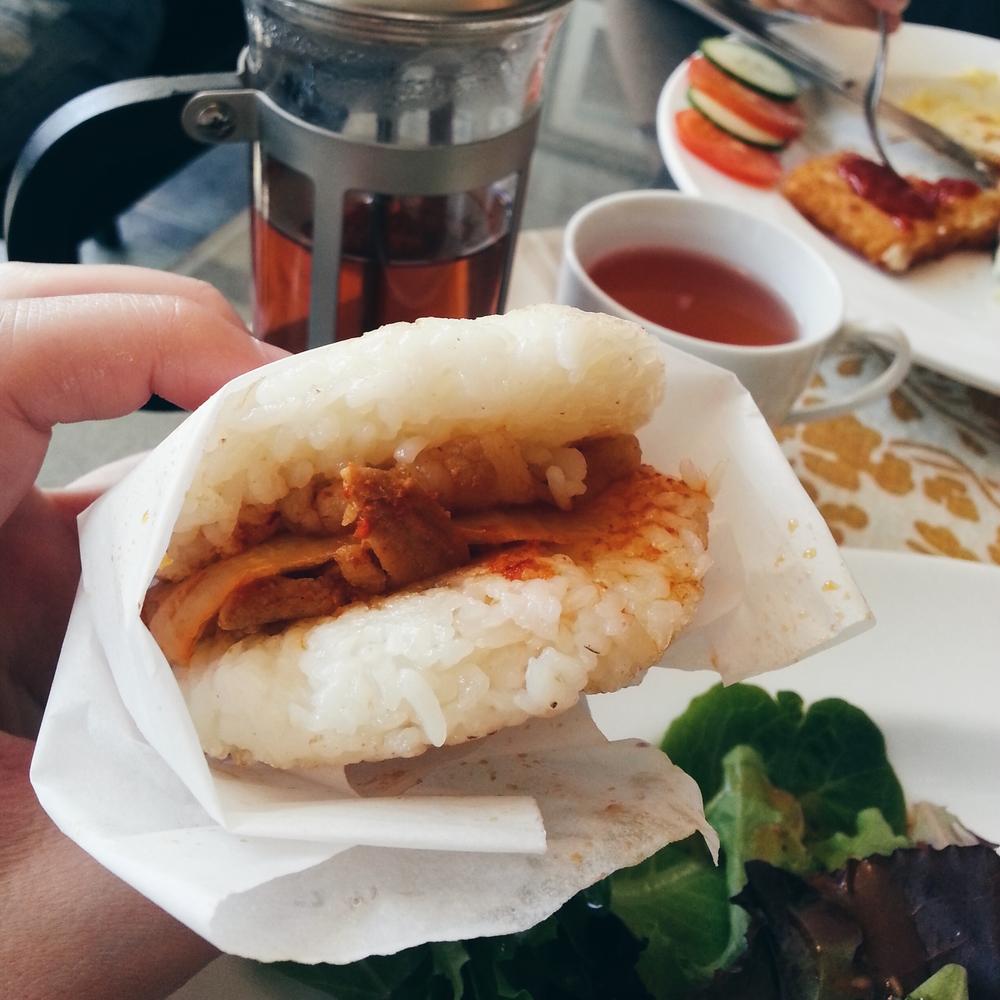 + butakimuchi rice burger