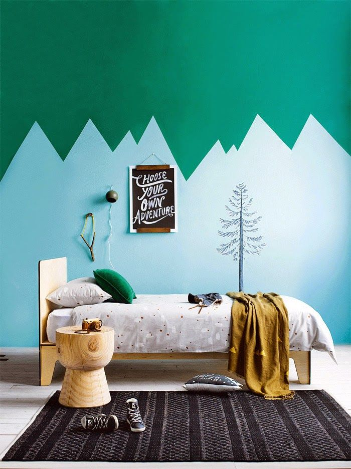 SO in love with this wall. From Poppy Talk