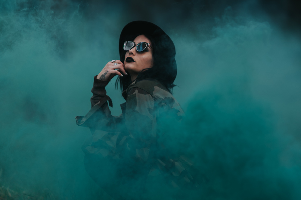 sutton-coldfield-creative-wedding-photography-cool-photo-smoke-bombs