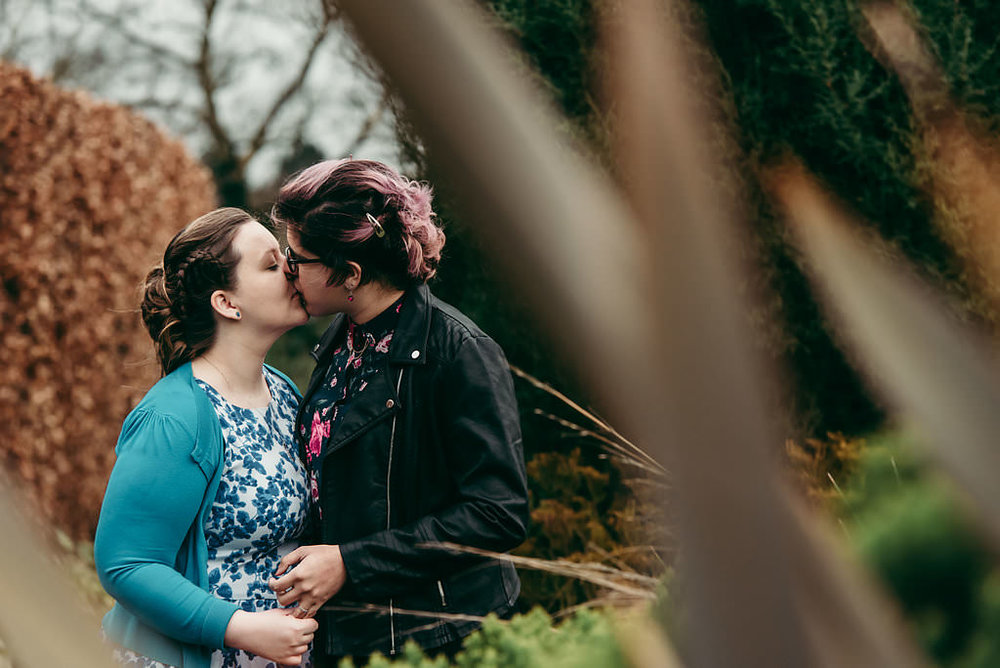 Birmingham Botantical Gardens - pre - wedding engagement photos  (6).jpg
