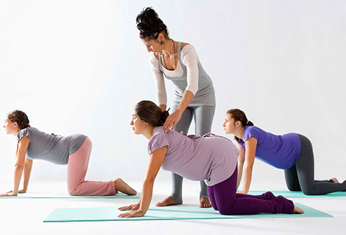 thinkstock_rf_pregnant_women_in_exercise_class.jpg