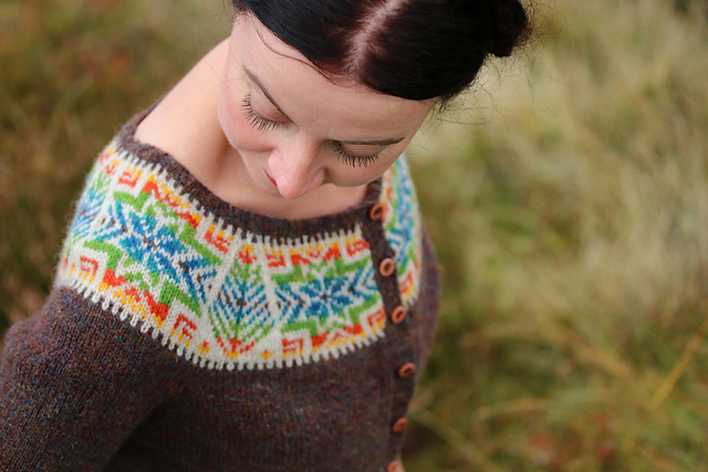Cockatoo Brae pattern from Yokes by Kate Davies. Gorgeous!