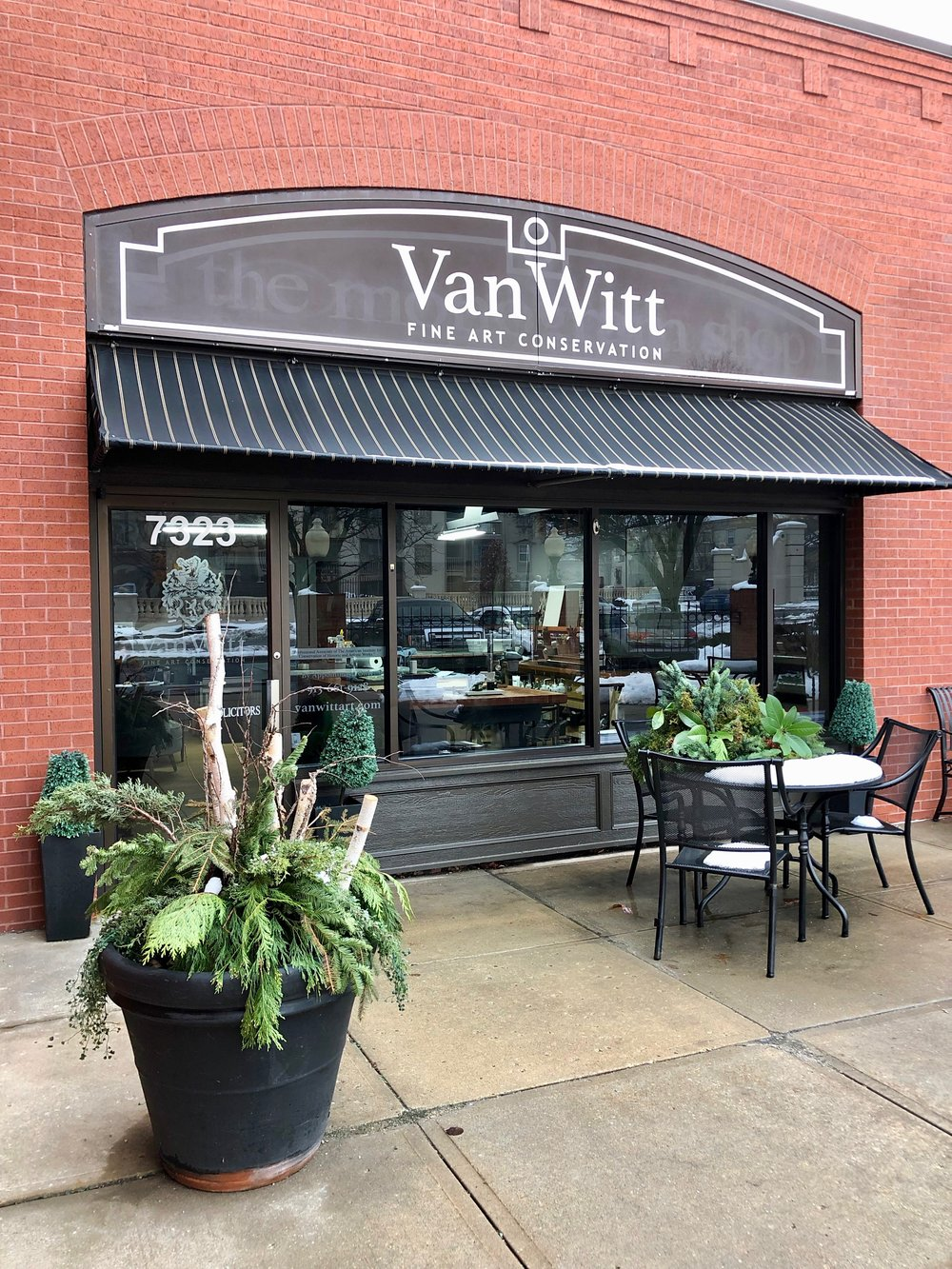 The Van Witt Fine Art Studio is located in Overland Park, Kansas.