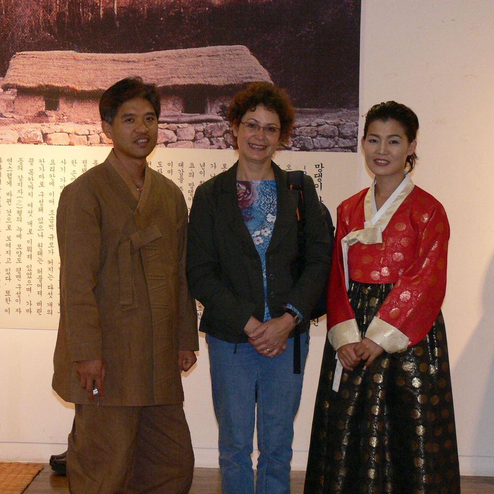 Met de kunstenaar en zijn vrouw / with the artist and his wife