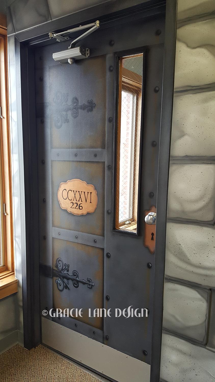 fbcl-door2-wr.png
