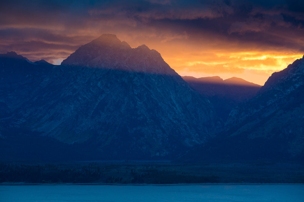Mount Moran and Jackson Lake at sunset in Autumn