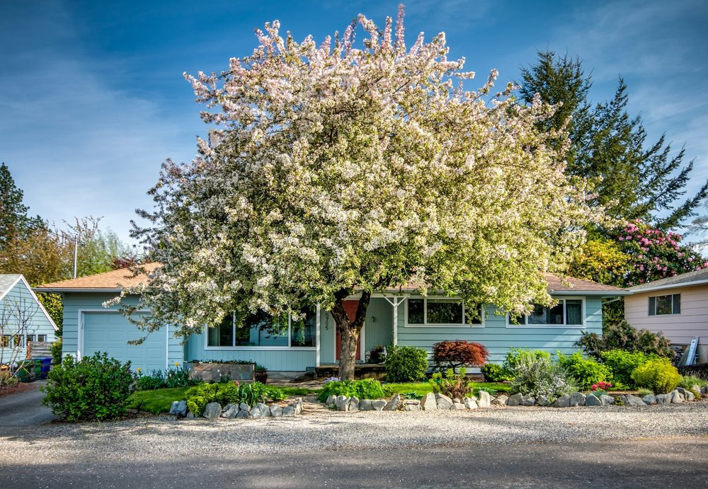 5755 SW California St // $555,000