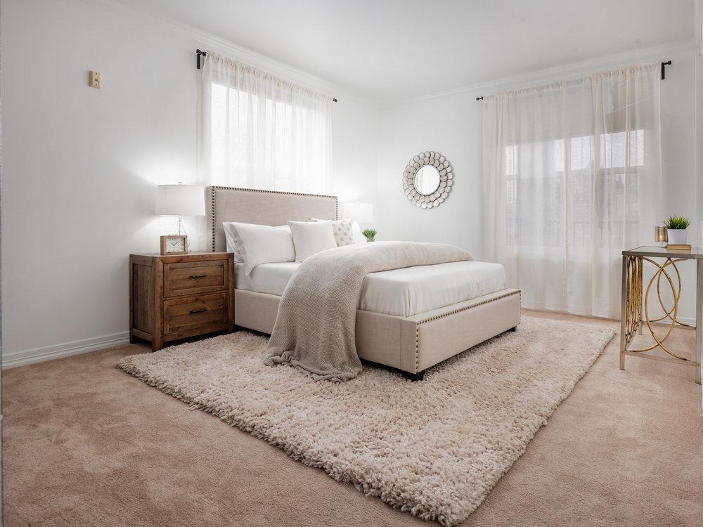 2328_nw_glisan_st_bedroom_02_01.jpg