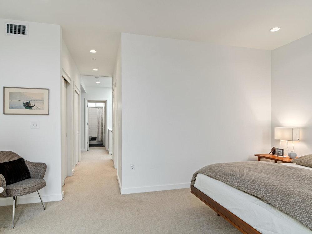 118 N Emerson St Portland OR-025-30-Master Bedroom-MLS_Size.jpg