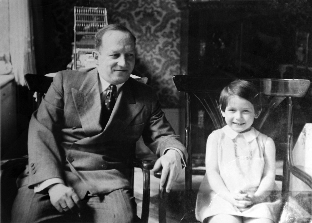Irene with her father John Hasenberg in their Berlin home, circa 1934.