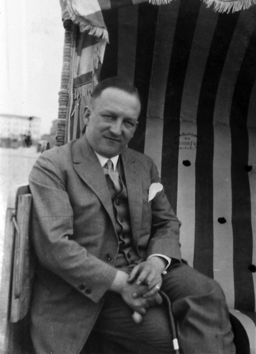 Irene's Pappi, John Hasenberg